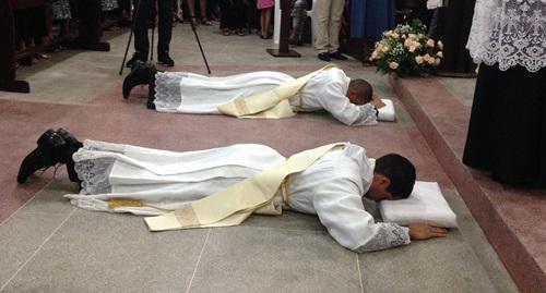 Pia Sociedade de Pe. Nicola Mazza ordena dois novos padres para a Igreja